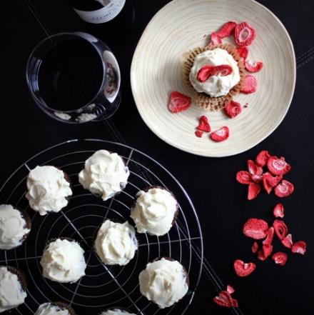 red wine red velvet cupcakes 3