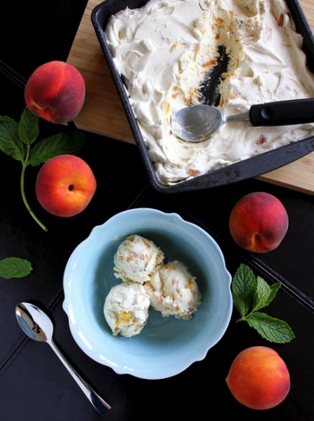 no churn roasted peach ice cream with mint and lime