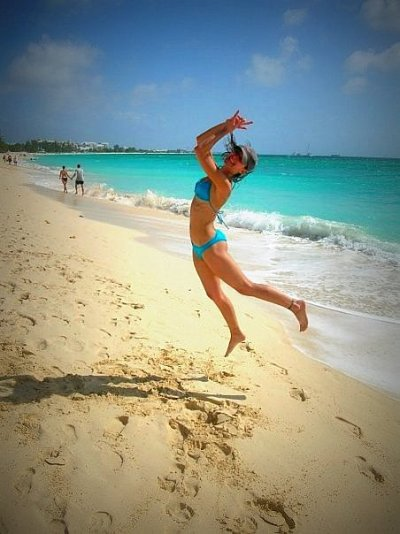 grand cayman seven mile beach jumping